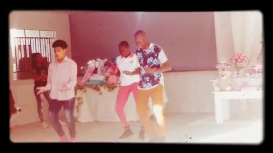 """Apresentação """"Dança Nativa"""" com Davenson Joseph"""