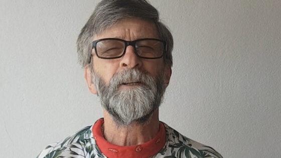 """História da Poesia"" com Vladimir Francisco Tomazoni"